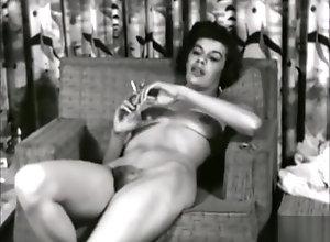 Vintage,Classic,Retro,Smoking Sexy Smoker (1950s)