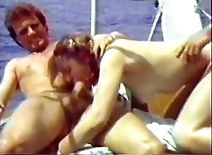 Group Sex;Vintage;French;Outdoor;European Le yatch des...