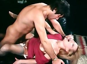Masturbation,Threesome,Big Boobs,Hairy,Stockings,Cunnilingus,Public,Boss,Mask fetish,Marilyn Jess La Vorace