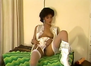Ebony,Brunette,Vintage,Classic,Retro,Hardcore Nikki and the pom...