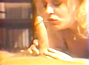 Blond,Vintage,Classic,Retro,Hairy,Blowjob,Cumshot,Holly Daze Holly Daze Born 4...