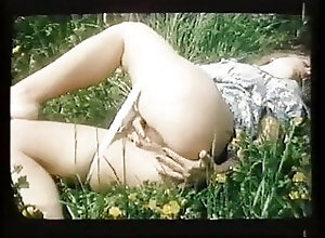 Hardcore;Classic;Vintage Erotica;Vintage French;1977 Qui m'aime...