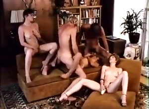 Brunette,Blond,Vintage,Classic,Retro,Cumshot Sweet Captive 1979