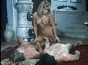 Cumshots;Double Penetration;Group Sex;Italian;Vintage Gator 126