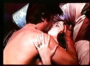 Hairy;Pornstars;Vintage La Donneuse (1975)