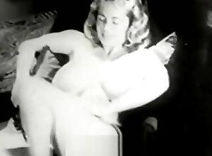 Vintage,Classic,Retro,Big Tits,Mature,MILF,Beauty,Goddess,Vintage Amazing Woman...