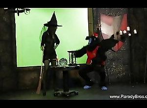 CFNM;Cosplay;MILFs;Vintage;Wizard of Oz;Behind the Scenes;Behind Scenes;Wizard;Behind;Scenes;Parody Bros Behind The Scenes...