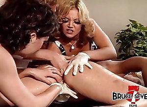 Lesbians;Group Sex;Vintage;MILFs;Big Tits Dykes double...