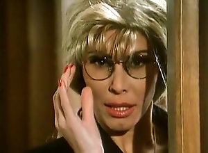Anal,Lesbian,Big Boobs,Stockings,Fingering,Cunnilingus,Italian,luxury,Party,Milly D'Abbraccio Luxury Video...