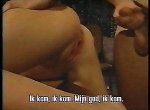 Blowjob;Squirting;Small Tits;Big Natural Tits;Eating Pussy;Threesome;Retro;90s;American;1993;Usa;Vintage 90s;90s Retro Retro USA 321 90s