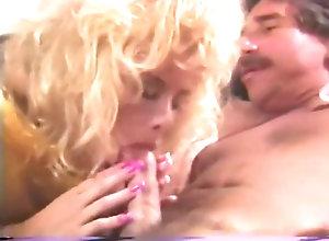 Brunette,Blond,Vintage,Classic,Retro,Big Tits,Small Tits,Cumshot 1992 Sleeping...
