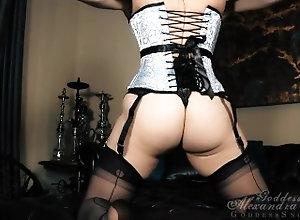 kink;masturbate;teasing;mom;mother;retro;point;of;view;feet;stocking;nylon;fetish,Fetish;Masturbation;MILF;Striptease;POV;Vintage Alexandra black...