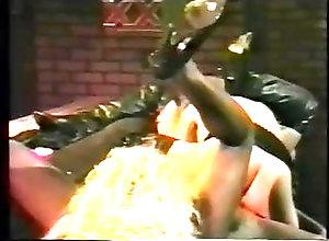 Fingering;Group Sex;Small Tits;Cunnilingus;Big Natural Tits;Threesome;Retro;90s;American;American Vintage;Usa;Cast;Dominique;1992;90s Retro Retro USA 699 90s