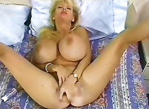 Blonde;Hardcore;Pornstar;Vintage;MILF;Big Tits;Pick Up Kayla Kleevage...