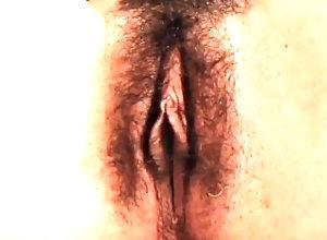 hairy-pussy;orgasm;masturbation;pussy,Amateur;Babe;Masturbation;Vintage;Solo Female;Female Orgasm FINGERING MY...