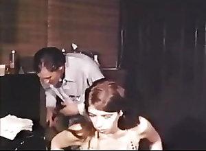 Blowjobs;Brunettes;Vintage;Threesome;Retro Hair Salon Action