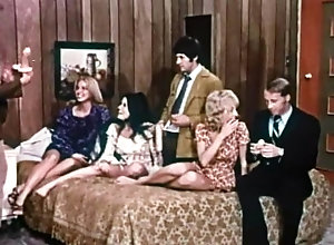 Starlyn Simone,Lynn Holmes,John Holmes,George Peters,Jim Mayer The Ladys Bed...