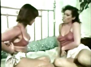 Lesbian,Vintage,Classic,Retro,Amateur,Lesbian,Vintage Lesbian Peepshow...