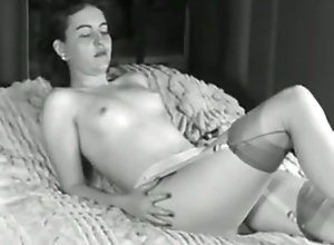 Softcore dvd striptease
